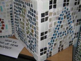 2013 Mosaic Planter