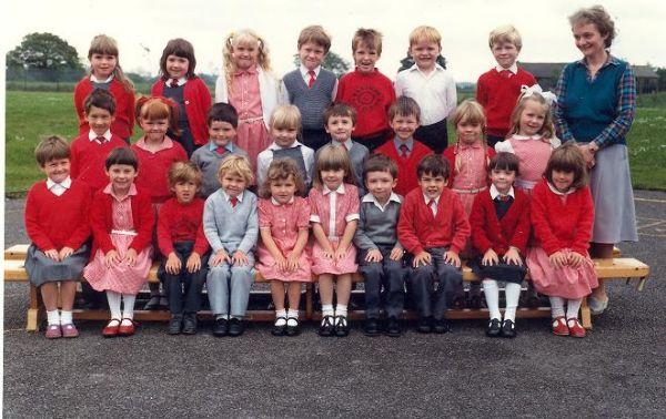 Class Photo from 1987