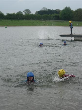 Y6 Kayaking - Great fun!
