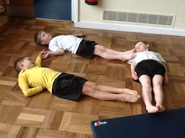 Making different shapes with our bodies