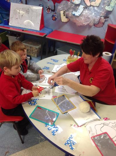We have used wool to make pictures.