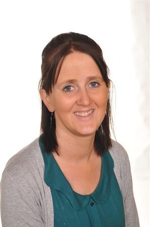 Mrs E Ireland Higher Level Teaching Assistant