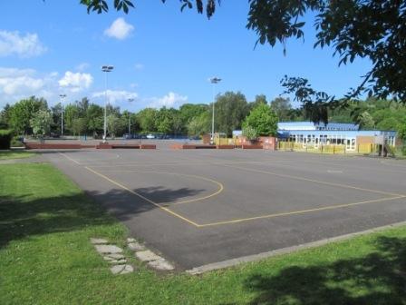 Floodlit tarmac courts (netball plus!)