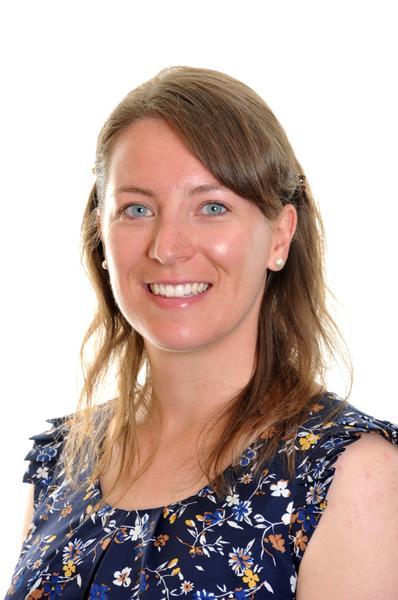 Mrs R Fairs  Class 5 Teacher/Phase Leader