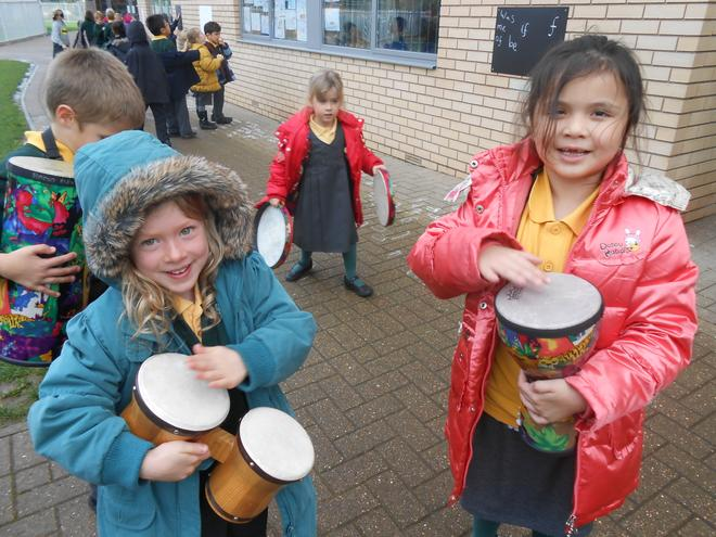 Outdoor learning linking to Africa week