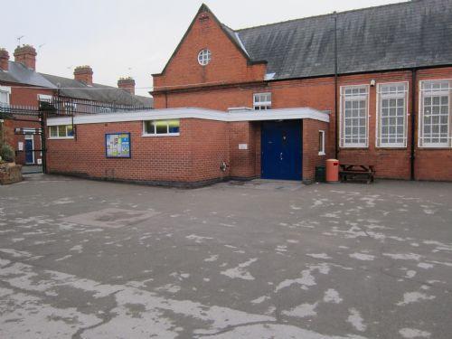 6SM & 5ES Entrance on Yr 5/6 Playground