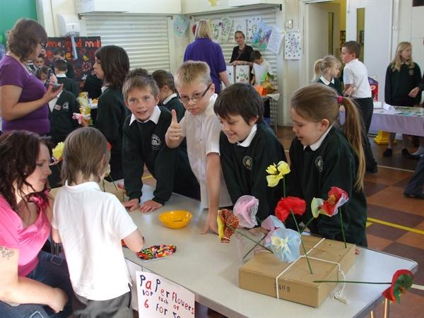 Year 4 and 5 worked out multi-buy deals.