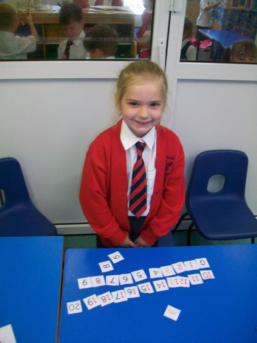Ordering number cards 0-20. Super work, well done!
