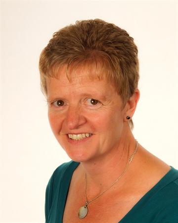 Mrs Ally Griffiths - Teaching Assistant