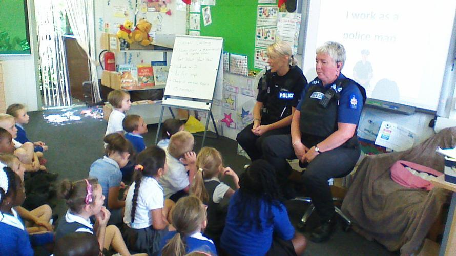 The police ladies came to tell us about their job.