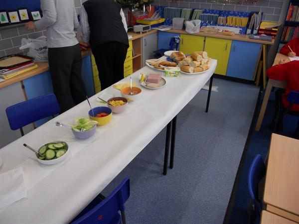 We had a great time making our Sandwich Snacks!
