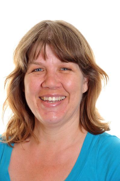 Mrs J Pugsley  Librarian/LSA