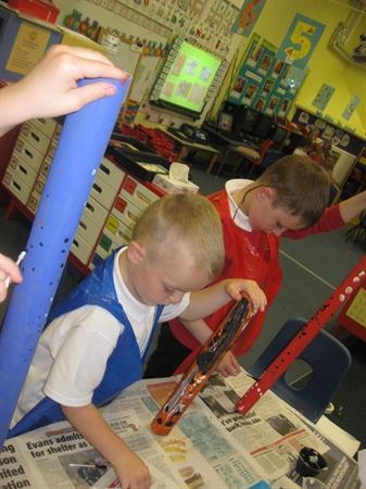 Making didgeridoos