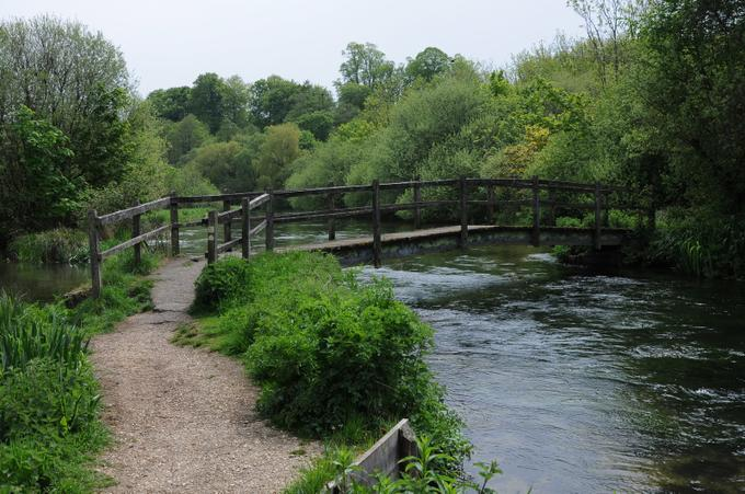 River Itchen at Itchen Abbas
