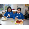 Making pizza in Golden Time