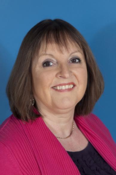 Elizabeth Jackson, Head Teacher & Staff Governor