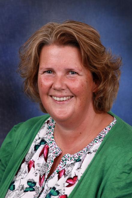 Mrs Paula Harvest, Learning Mentor, FS.