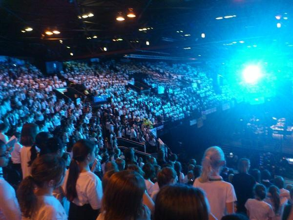 The choir singing in Young Voices at LG arena
