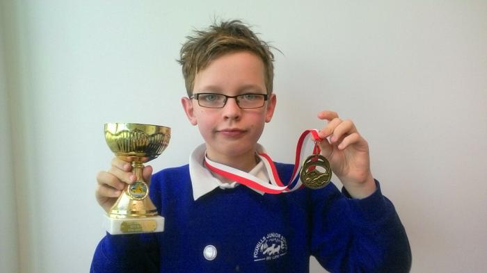 Dylan - 200m back stroke Age 10 WINNER!
