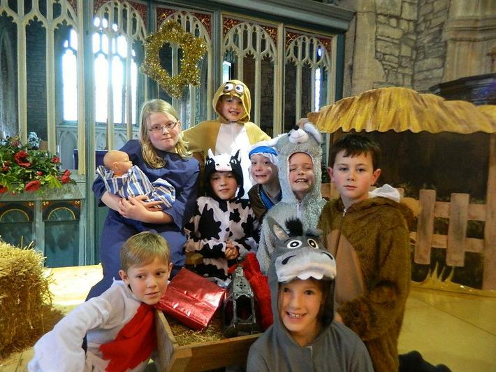 Christmas Performance 2014 'Born in a Barn'