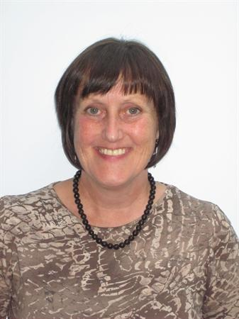 Mrs Lesley Taylor, Associate Governor