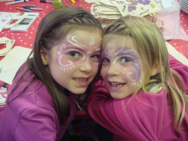 Isabelle and Gabriella face painted!