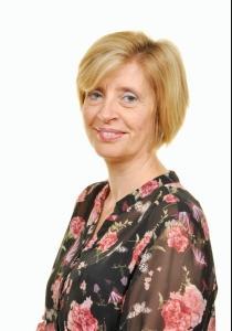 Mrs M L Callard Deputy Head