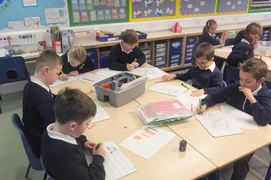 Partitioning in Y3 using whiteboards to have a go