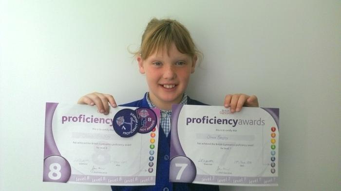 Olivia - Level 8 and 9 Swimming Awards!