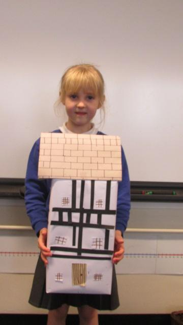 Keira designs a house from the 1600s.