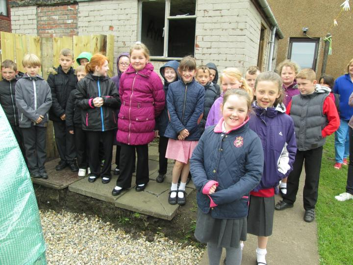 We are looking forward to the fruit growing, for a taster session in class.