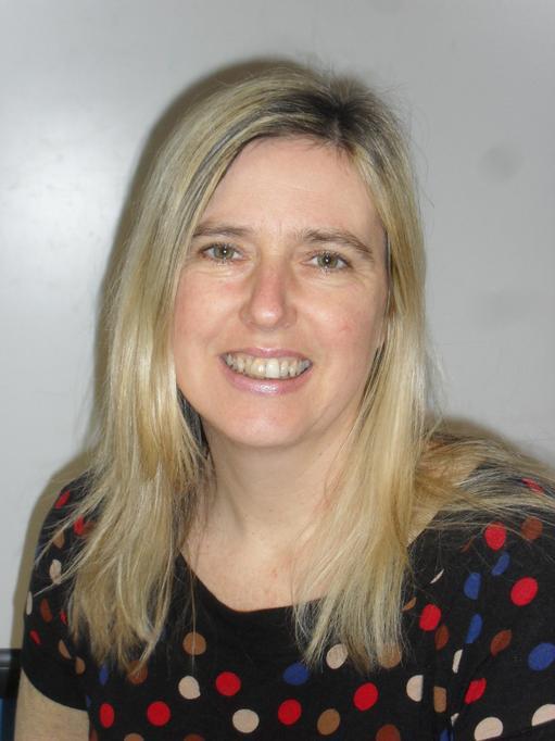 Fiona James: Blwyddyn 4/Year 4