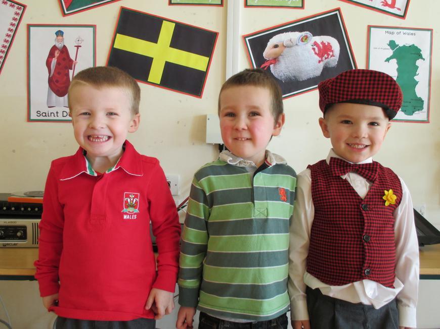 Art Nursery - 1st Connor, Lucas, Charlie/Kian