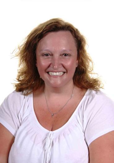 Mrs S Dawson