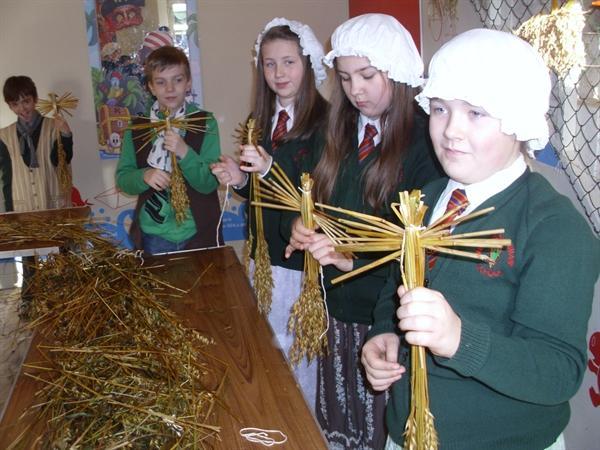 Victorian Poor Make Corn Dollies