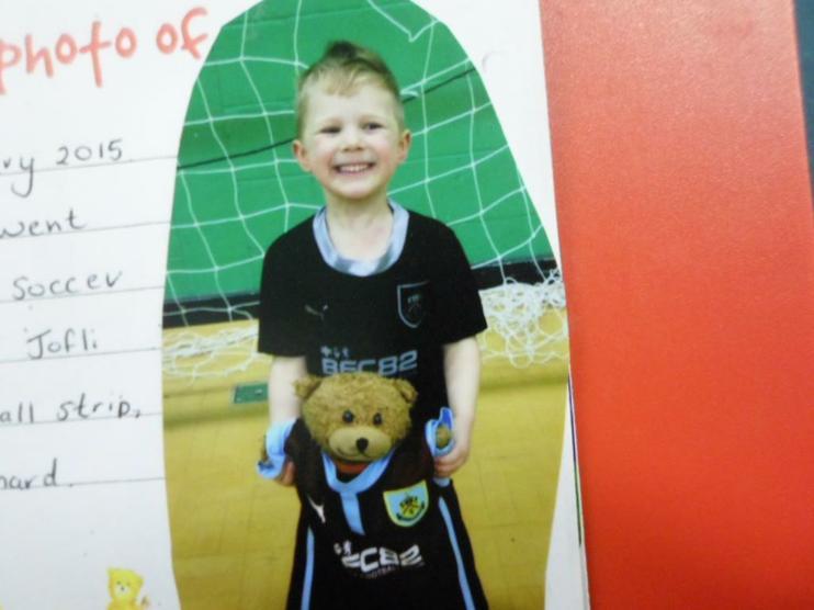 Jofli went to soccer school.