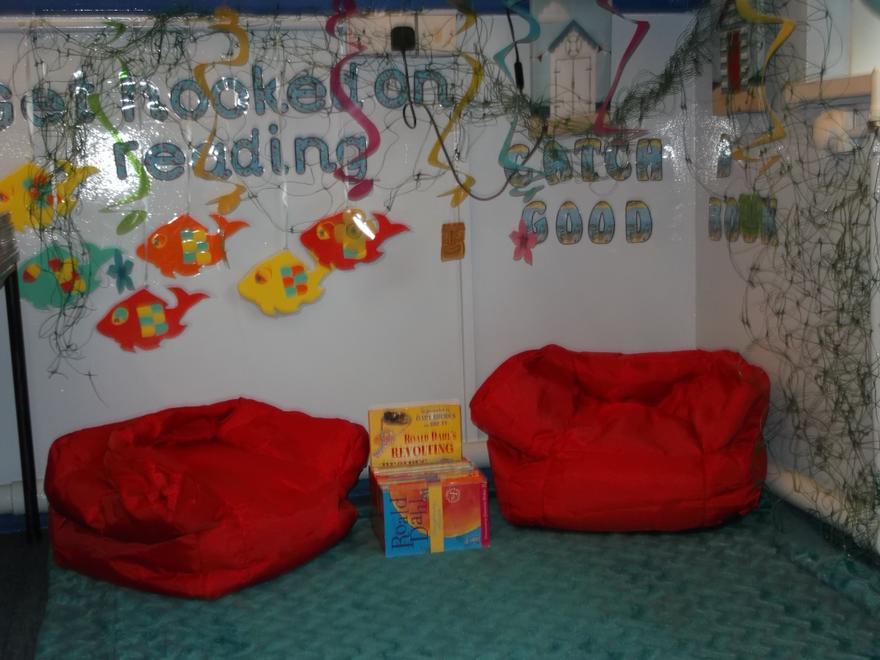 Reading Corner, Cornel Darllen