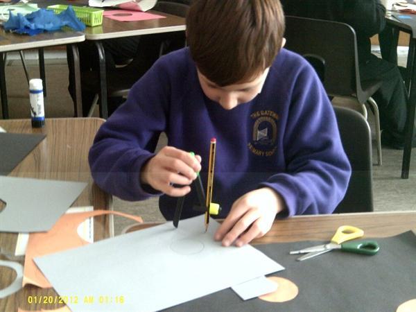Using compasses to create art