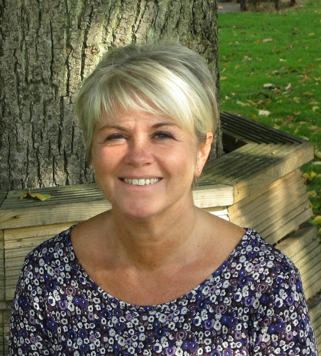 Mrs R Platts - Y3 Teacher