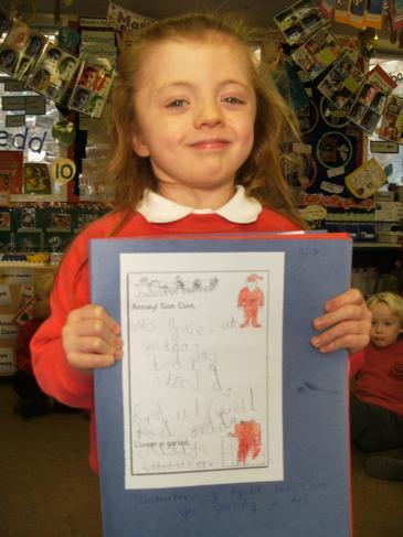 Llythyr at Sion Corn / Writing to Santa!