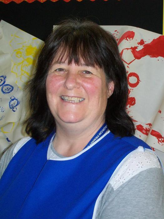 Mrs. Tracy Hodge