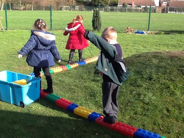 Look how we can balance on our bridge!
