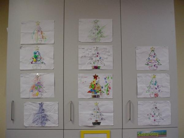 We completed the outline and decorated the tree