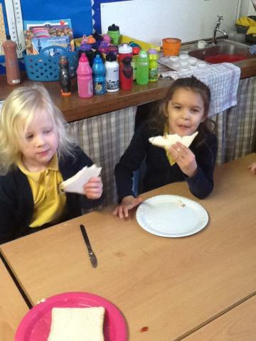 Emily and Alyssa enjoyed the jam sandwiches!