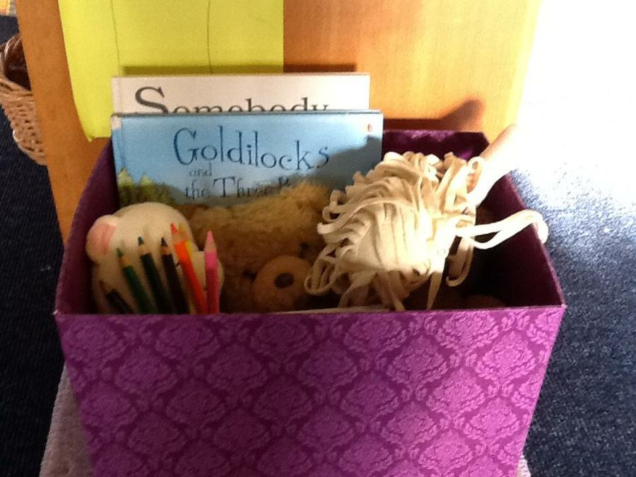 Goldilocks and the 3 Bears story box