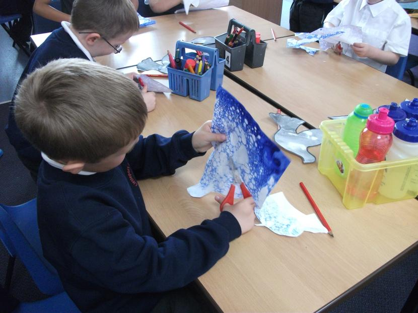 Bubble painting to make our Doves.
