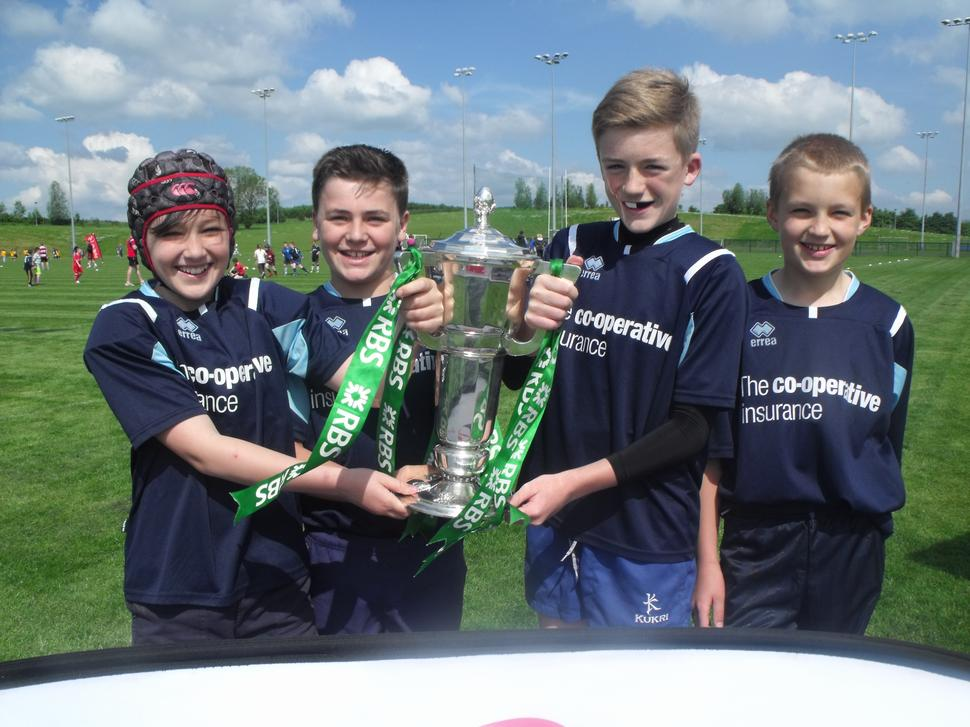 Boys with the Six Nations Trophy won by Ireland.