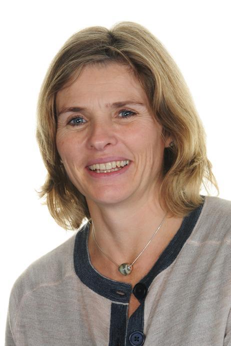 Mrs J Bennett, Y6, Kestrel Class