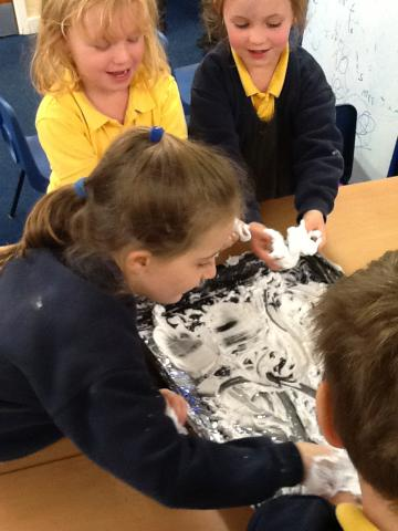 Exploring patterns in the snow!