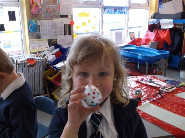 Hannah decorated her egg with mosaics